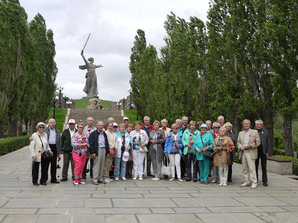 Поездка ветеранов детей-войны в город-герой Сталинград